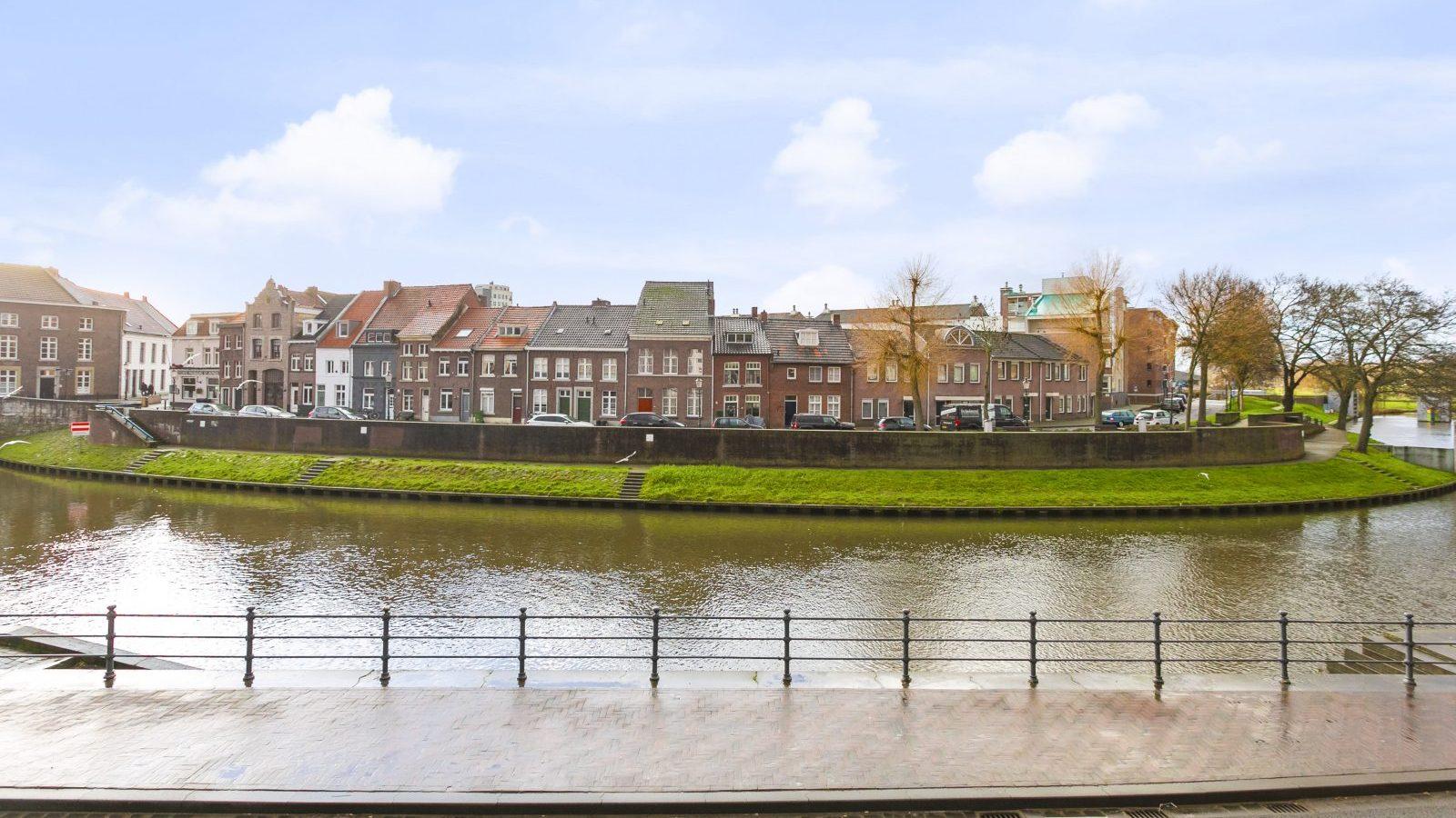 Vismarkt12Roermond-04-1600x1067